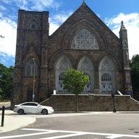 Das Foto wurde bei St. Peter's Church von Kurai J. am 6/8/2013 aufgenommen