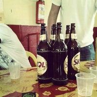 Foto tirada no(a) Havana Bar por Rafaela S. em 2/5/2013