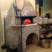 Photo taken at Pizzeria Da Nella Cucina Napoletana by MK on 9/11/2013