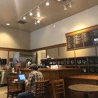 Photo taken at Peet's Coffee & Tea by planetmackie on 7/28/2017