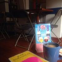 Foto tomada en El Cubo Cafe por Lola D. el 7/1/2015