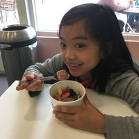 Photo taken at Yogurtland by Rolly M. on 2/10/2017