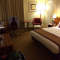 Photo taken at Crowne Plaza London - Heathrow by sv H. on 10/16/2013