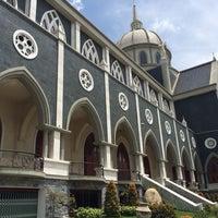 Photo taken at Nhà thờ Chánh toà Phú Cường by Joyie on 9/21/2014