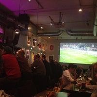 Foto tomada en Taverna Olympisches Feuer por Omar T. el 11/14/2012