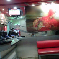Photo taken at PHD (Pizza Hut Delivery) by Ali S. on 6/14/2013