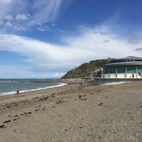 Photo taken at Aberystwyth Beach by Anthony W. on 8/5/2017
