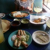 Foto tomada en Doña Maria Tamales Mexican Restaurant por Mandy A. el 6/23/2013
