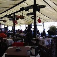 11/18/2012 tarihinde Bahar K.ziyaretçi tarafından Sade Kahve'de çekilen fotoğraf