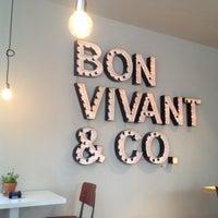 Foto tomada en Bon Vivant & Co. por Cristina A. el 11/3/2013
