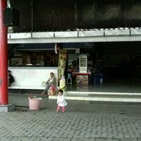 Photo taken at Rumah Makan Duta 1 by Edi S. on 1/2/2013