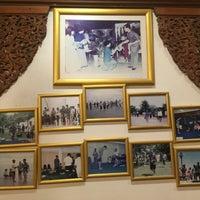 Photo taken at Sailom Restaurant by Thunyapat J. on 1/28/2017