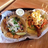 Photo taken at Torchy's Tacos by Frank C. on 6/16/2013