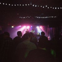 3/22/2013 tarihinde Gabe M.ziyaretçi tarafından Larimer Lounge'de çekilen fotoğraf