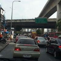 Photo taken at สนามเป้า by Leela P. on 5/14/2014
