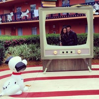 Photo taken at 101 Dalmatians Buildings by Grisel Y. on 2/9/2014