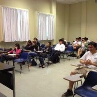Foto tomada en Edificio C1 por Cristian S. el 11/14/2012