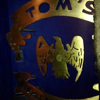 Foto tomada en TOM'S Leather Bar por JeanMarc D. el 6/29/2013