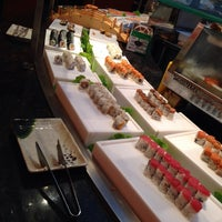 Photo taken at Osaka Japanese Seafood Buffet by PollaFerro on 9/11/2014