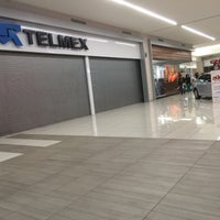 Foto tomada en Plaza Tlalne Fashion Mall por Ric N. el 12/23/2015