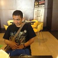 Photo taken at Hotel Bintang by Radita Januarti W. on 4/19/2013