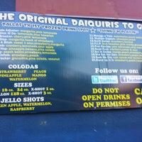 Foto tirada no(a) Daiquiri's To Go por Steven H. em 6/1/2014