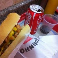 Foto tirada no(a) Pedrinho Hot Dog por José A. em 5/30/2012