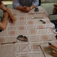Foto scattata a Pizzeria al Duomo da Zazza il 6/21/2014