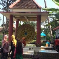 Photo taken at Gong Perdamaian Dunia by Nila R. on 7/13/2016