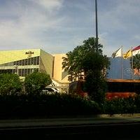 Photo taken at Hard Rock Cafe Jakarta by Nila R. on 12/30/2012