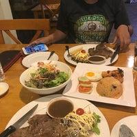 Photo taken at Big Garden Restaurant by 🌸Day🌸 on 11/24/2017