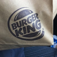 Photo taken at Burger King by Benny I. on 10/16/2016