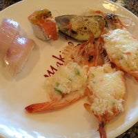Photo prise au Makino sushi and seafood buffet par Peter F. le5/24/2013