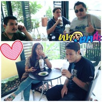Photo taken at Caffe De Amm by อาคม ค. on 8/2/2013