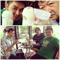Photo taken at Caffe De Amm by อาคม ค. on 7/23/2013