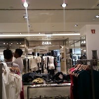 Photo taken at Zara by Rafael Nunes R. on 12/17/2012