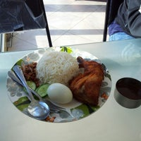 Photo taken at Taste of asia by Firdaus A. on 11/17/2012