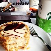 5/11/2013 tarihinde GaMzE💃ziyaretçi tarafından Starbucks'de çekilen fotoğraf