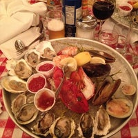 Photo taken at Grand Central Oyster Bar by James V. on 9/29/2012