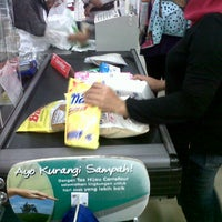 Photo taken at Carrefour by Ervan R. on 4/21/2013