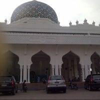 Photo taken at Masjid Al Hikmah Cunda by Rahmad SST on 7/29/2013