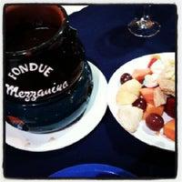 Foto tirada no(a) Fondue Mezzanino por Junior M. em 11/16/2012