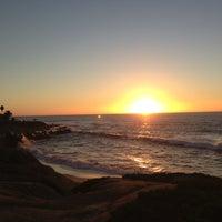 Foto tirada no(a) La Jolla Beach por Paloma Griffin H. em 11/21/2012