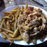 Photo taken at Restaurant La Motoneta by Kristian M. on 7/30/2013