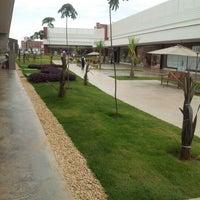 Das Foto wurde bei Outlet Premium Brasília von Marcela R. am 11/1/2012 aufgenommen