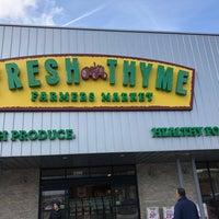 Photo prise au Fresh Thyme Farmers Market par Sonny F. le3/21/2018