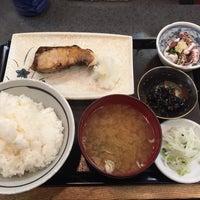 Photo taken at 魚料理のじま by Motoking on 1/27/2016