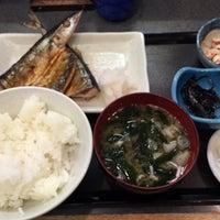 Photo taken at 魚料理のじま by Motoking on 4/30/2015