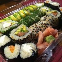 Foto tomada en Edo Sushi por Emmanuel S. el 11/7/2012