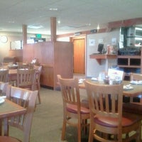 Photo taken at Pizza Hut by Chaz C. on 7/6/2013